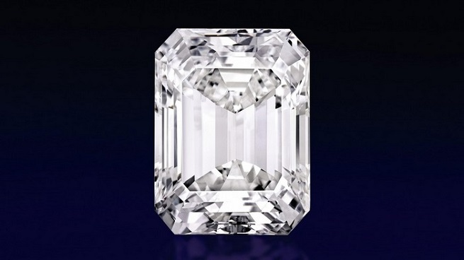 THE LARGEST DIAMOND AT SOTHEBY'S MAGNIFICENT JEWELS SALE  THE LARGEST DIAMOND AT SOTHEBY'S MAGNIFICENT JEWELS SALE 13