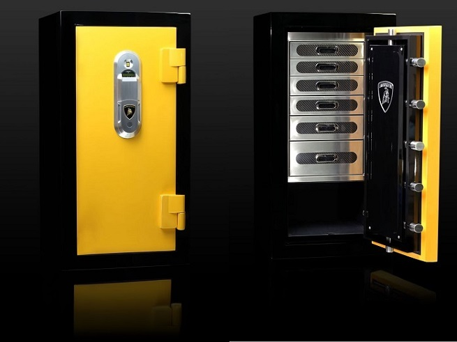 THE BEST LUXURY SAFES OF 2015  LUXURY SAFES - DESIGN TRENDS FOR 2015 17