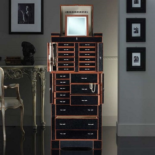 THE BEST LUXURY SAFES OF 2015  LUXURY SAFES – DESIGN TRENDS FOR 2015 83