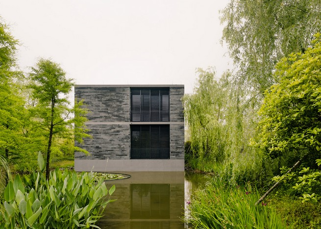 david-chipperfield-develops-stone-apartments-in-hangzhou-marshland (2)  David Chipperfield Develops Stone Apartments in Hangzhou Marshland david chipperfield develops stone apartments in hangzhou marshland 2