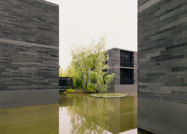 david-chipperfield-develops-stone-apartments-in-hangzhou-marshland (3)  David Chipperfield Develops Stone Apartments in Hangzhou Marshland david chipperfield develops stone apartments in hangzhou marshland 3