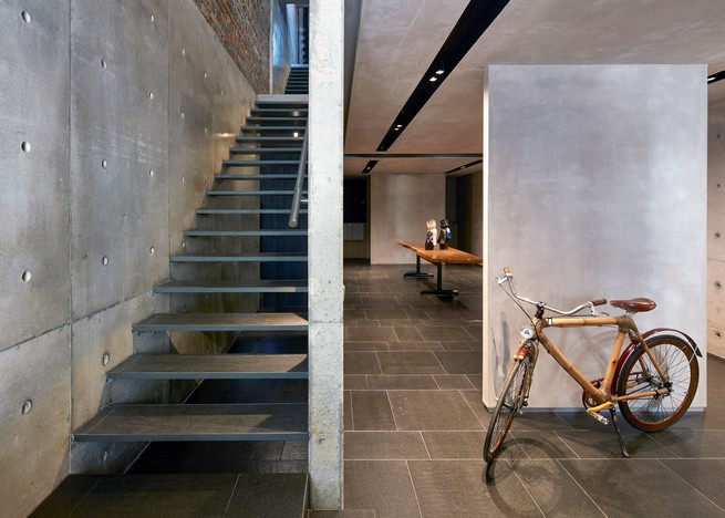 wow-architects-transforms-old-shop-house-into-an-art-and-design-venue (1)  WOW Architects Transforms Old Shop House into an Art and Design Venue wow architects transforms old shop house into an art and design venue 7