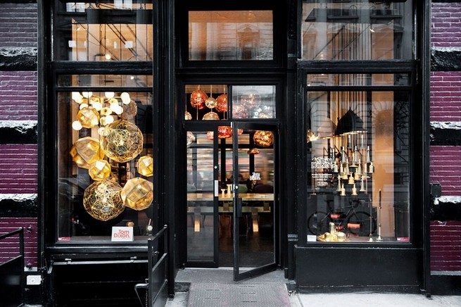TOM DIXON OPENS HIS FIRST SHOWROOM OUTSIDE LONDON  TOM DIXON OPENS HIS FIRST SHOWROOM OUTSIDE LONDON 01