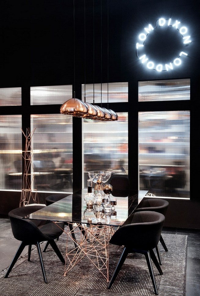 TOM DIXON OPENS HIS FIRST SHOWROOM OUTSIDE LONDON  TOM DIXON OPENS HIS FIRST SHOWROOM OUTSIDE LONDON 219