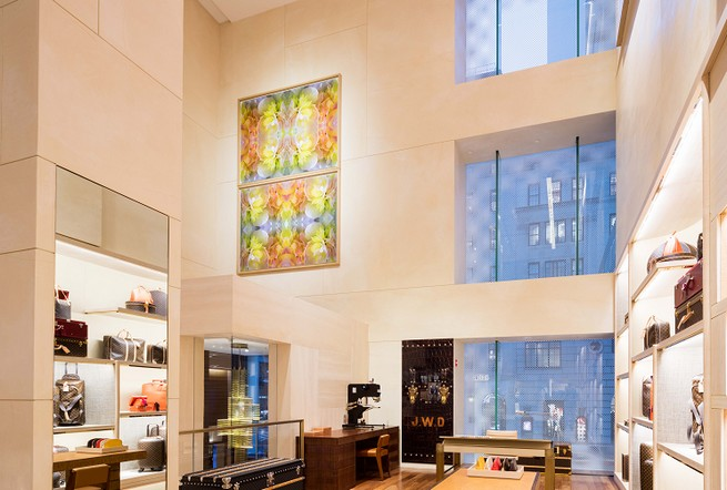 Louis Vuitton Flagshi Store by Peter MArino  Peter Marino Completes Louis Vuitton's NYC Boutique Renovation Louis Vuitton Flagshi Store by Peter MArino