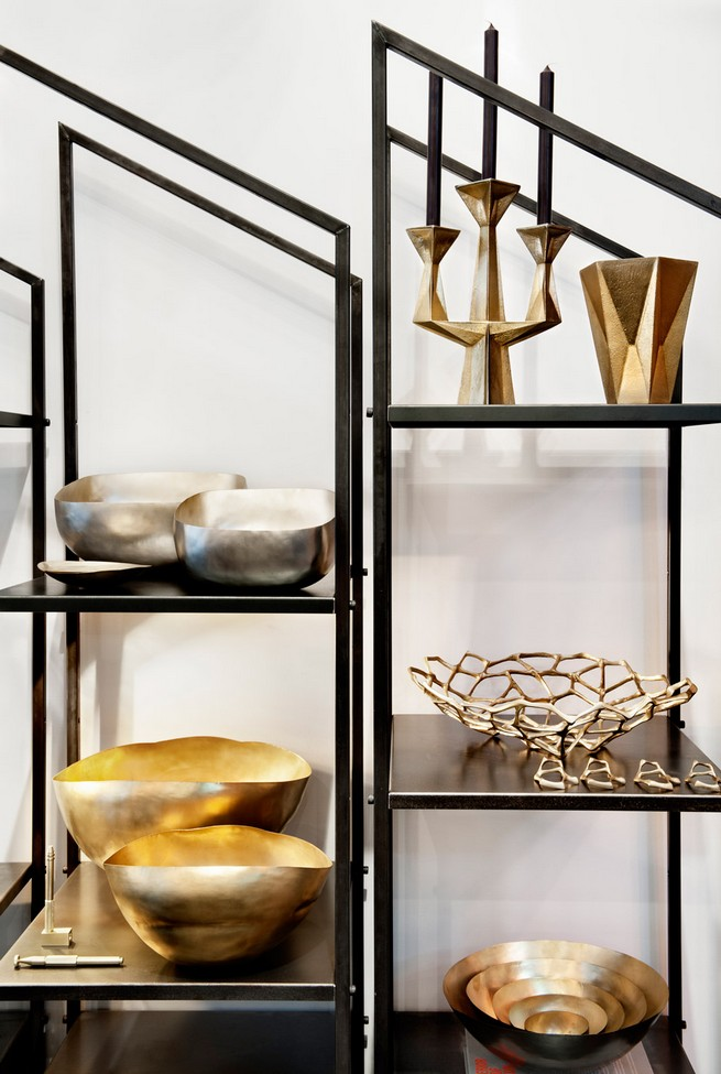 TOM DIXON OPENS HIS FIRST SHOWROOM OUTSIDE LONDON  TOM DIXON OPENS HIS FIRST SHOWROOM OUTSIDE LONDON Tom Dixon First New York show room The Shop Manhattan dezeen 936 3