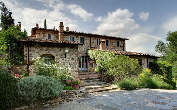 Luxury Villas in Italy  luxury villas in italy 10 Luxury Villas in Italy - Exclusive Design Villa Claudia 2 2565097a large
