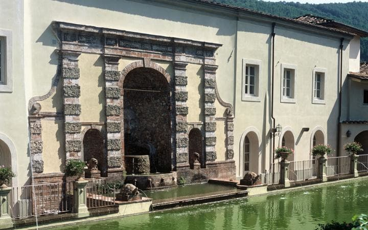 Luxury Villas in Italy  luxury villas in italy 10 Luxury Villas in Italy - Exclusive Design Villa Lucca 2569283a large