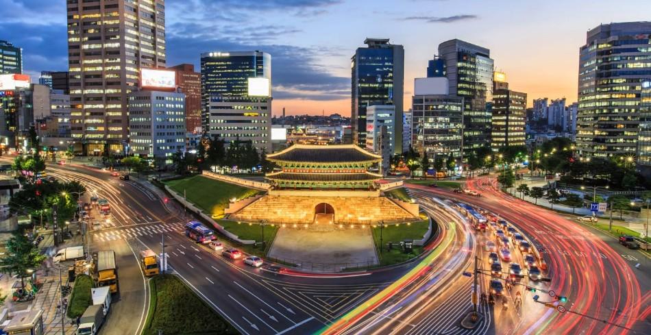 1400-hero-seoul-south-korea-traffic-night cities of design THE WORLD'S BEST CITIES OF DESIGN – PART II 1400 hero seoul south korea traffic night