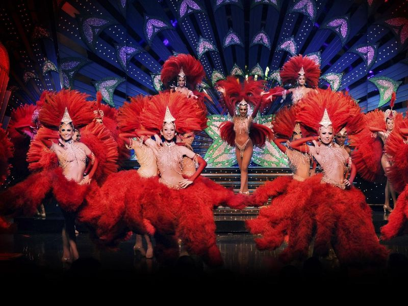 Lust In The Luxury Lifestyle World - 7 Shows You Need To Attend luxury lifestyle Lust In The Luxury Lifestyle World – 7 Shows You Need To Attend The Moulin Rouge show 2