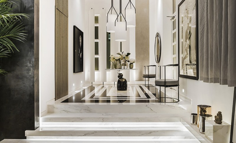 25 Interior Designers in London You Need Know interior designer 25 Interior Designers in London You Need Know Kelly Hoppen Couture Entrance
