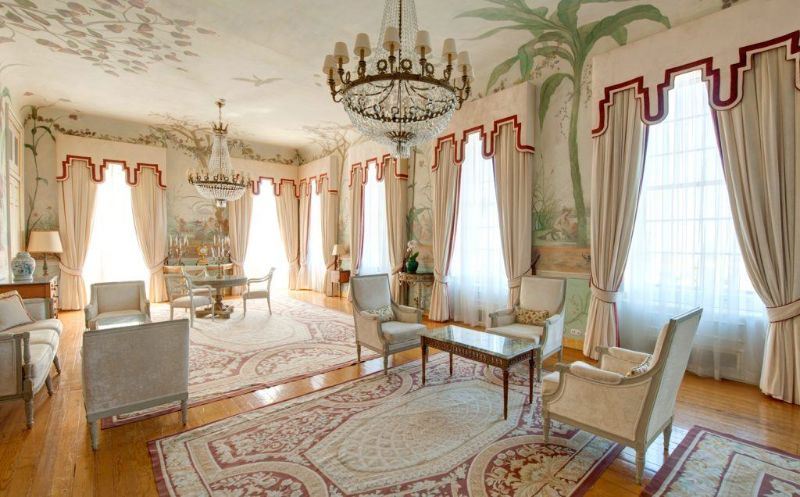 Former Royal Palaces That Were Transformed Into Luxury Hotels luxury hotel Former Royal Palaces That Were Transformed Into Luxury Hotels Tivoli Palacio Seteais1