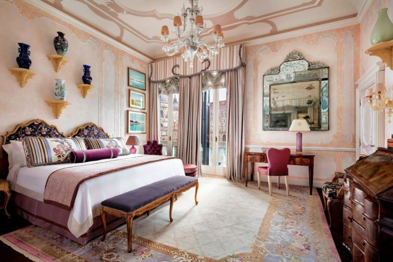 Former Royal Palaces That Were Transformed Into Luxury Hotels luxury hotel Former Royal Palaces That Were Transformed Into Luxury Hotels vcegl royal suite