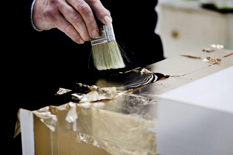 The Wonders Of Craftsmanship - Details Of Leaf Gilding (1) leaf gilding The Wonders Of Craftsmanship – Details Of Leaf Gilding The Wonders Of Craftsmanship Details Of Leaf Gilding 1