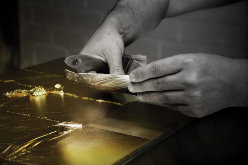 The Wonders Of Craftsmanship - Details Of Leaf Gilding (12) leaf gilding The Wonders Of Craftsmanship – Details Of Leaf Gilding The Wonders Of Craftsmanship Details Of Leaf Gilding 12
