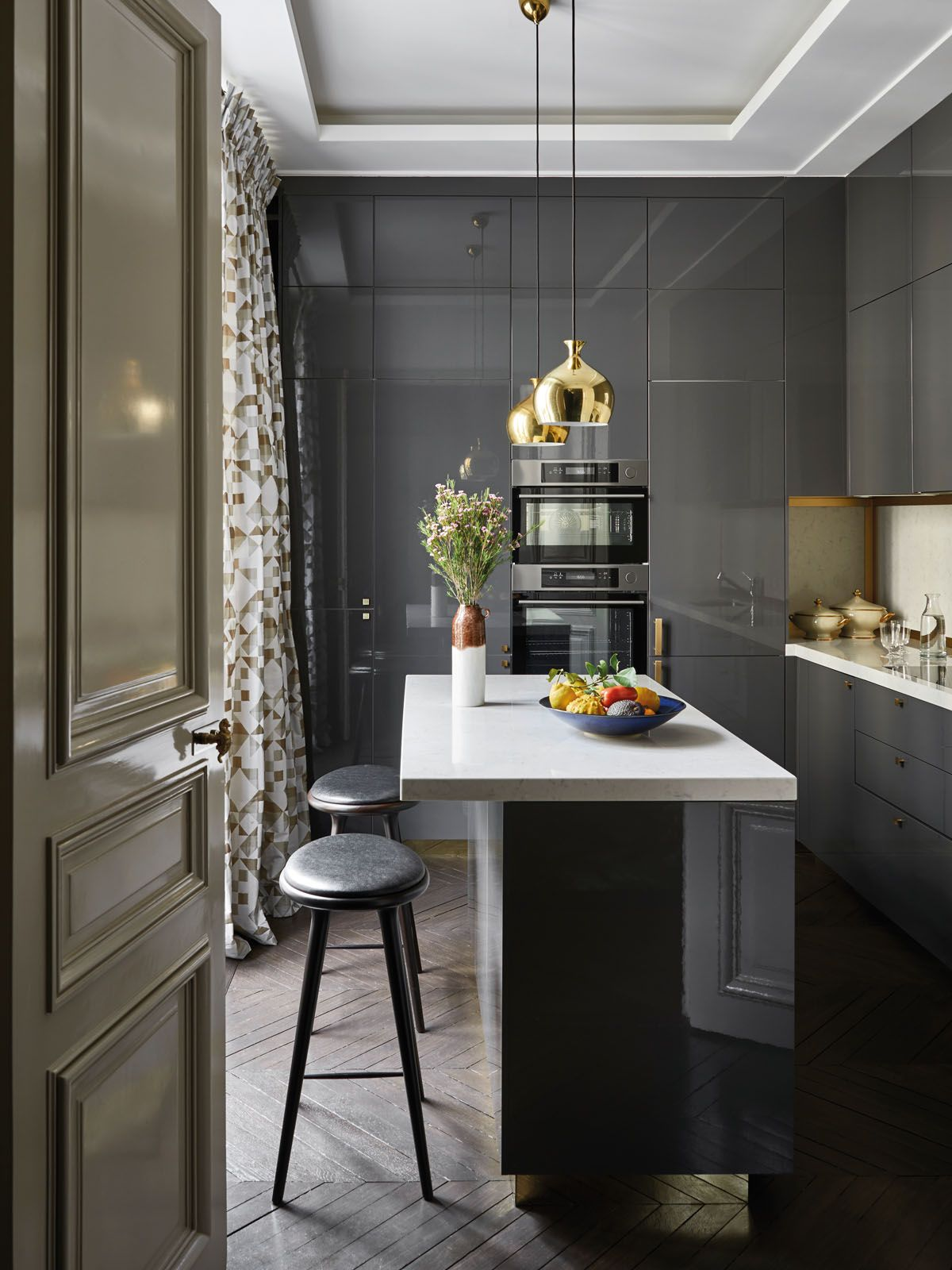 champeau and wilde Champeau and Wilde Create Bring Modern Design To This Paris Apartment Champeau and Wilde Create Bring Modern Design To This Paris Apartment 7