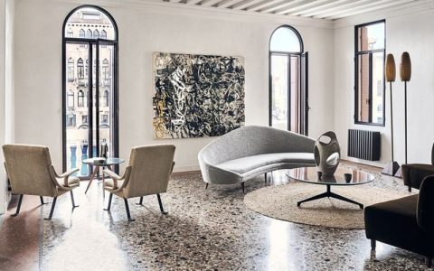 Jacques Grange Restores Venice Apartment With Picture-Postcard Views ft jacques grange Jacques Grange Restores Venice Apartment With Picture-Postcard Views Jacques Grange Restores Venice Apartment With Picture Postcard Views ft 480x300