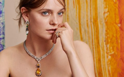 A Shakespearean-Inspired Van Cleef and Arpels Jewellery Collection ft jewellery collection A Shakespearean-Inspired Van Cleef and Arpels Jewellery Collection A Shakespearean Inspired Van Cleef and Arpels Jewellery Collection ft 480x300