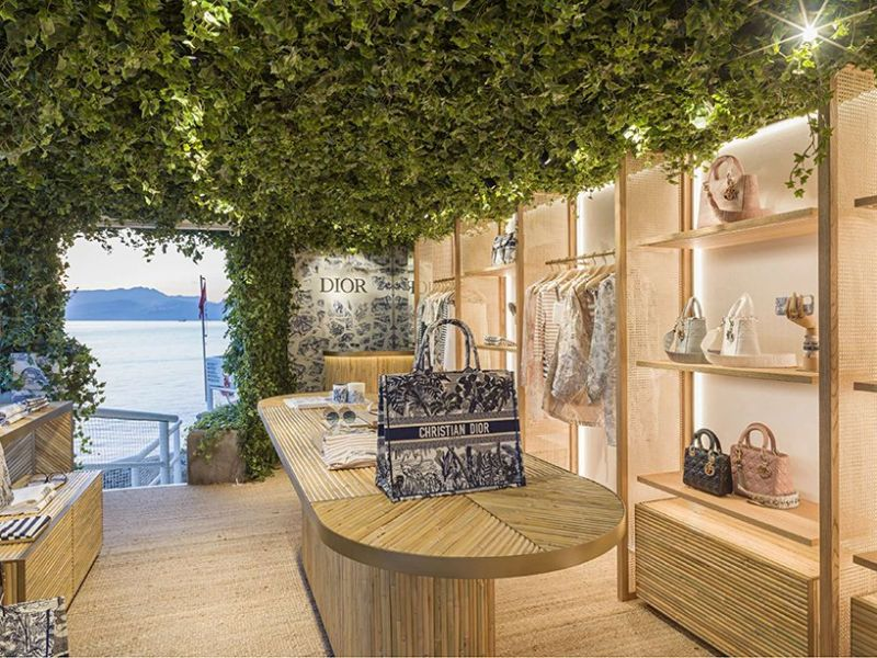 [object object] Dior Opens Pop-Up Store That Overlooks The Mediterranean Sea Dior Opens Pop Up Store That Overlooks The Mediterranean Sea 8