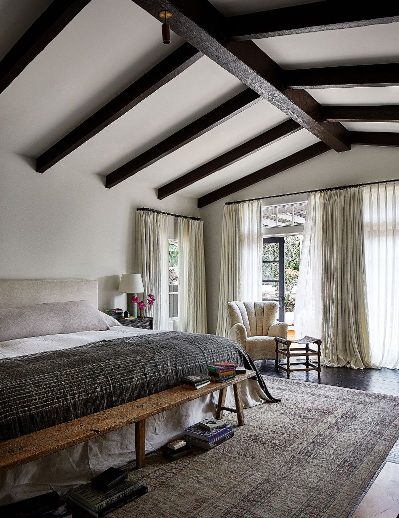 Kendall Jenner's Tranquil And Contemporary Los Angeles Home (11) kendall jenner Kendall Jenner's Newest Contemporary Los Angeles Home Kendall Jenners Tranquil And Contemporary Los Angeles Home 11