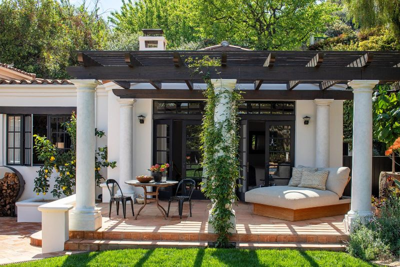 kendall jenner Kendall Jenner's Los Angeles Abode Enhances The Contemporary Lifestyle Kendall Jenners Tranquil And Contemporary Los Angeles Home 3