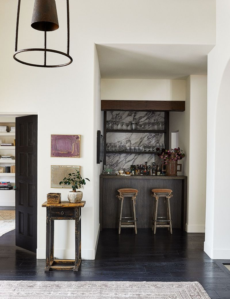 Kendall Jenner's Tranquil And Contemporary Los Angeles Home (6) kendall jenner Kendall Jenner's Los Angeles Abode Enhances The Contemporary Lifestyle Kendall Jenners Tranquil And Contemporary Los Angeles Home 6