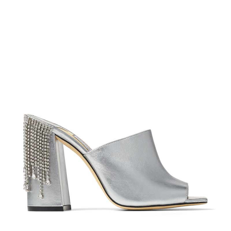 Tailored For You Boca do Lobo And Jimmy Choo's Luxury Walk-In Closet (13) boca do lobo Tailored For You: Boca do Lobo And Jimmy Choo's Luxury Walk-In Closet Tailored For You Boca do Lobo And Jimmy Choos Luxury Walk In Closet 13