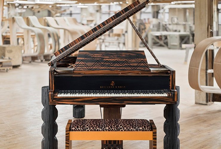 Lenny Kravitz Designs A Steinway & Sons Piano With African Influences ft lenny kravitz Lenny Kravitz Designs A Steinway & Sons Piano With African Influences Lenny Kravitz Designs A Steinway Sons Piano With African Influences ft 740x500