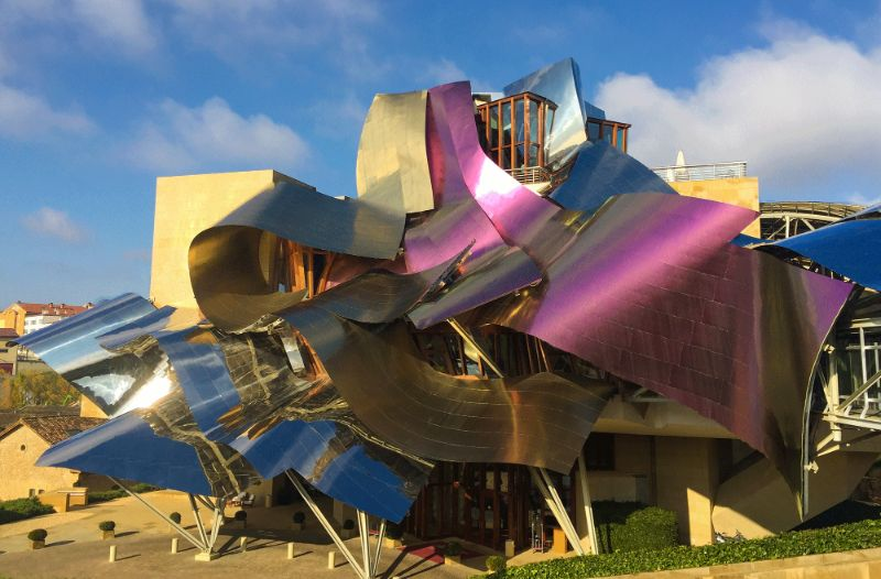The Greatest Modern Architects You Need To Know architects The Greatest Modern Architects You Need To Know Marques de Riscal Frank Gehry Hotel City of Wine