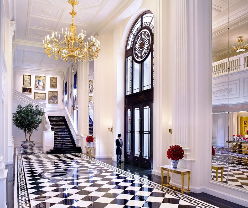 Where To Shop – The Best Luxury Showrooms In Paris luxury showroom Where To Shop – The Best Luxury Showrooms In Paris Pierre Yves Rochon