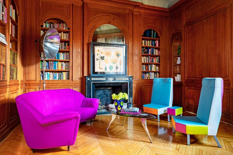 interior design project The Most Exquisite And Best Interior Design Projects In Milan Inside A Colourful Yet Classic Milan Apartment 1 1