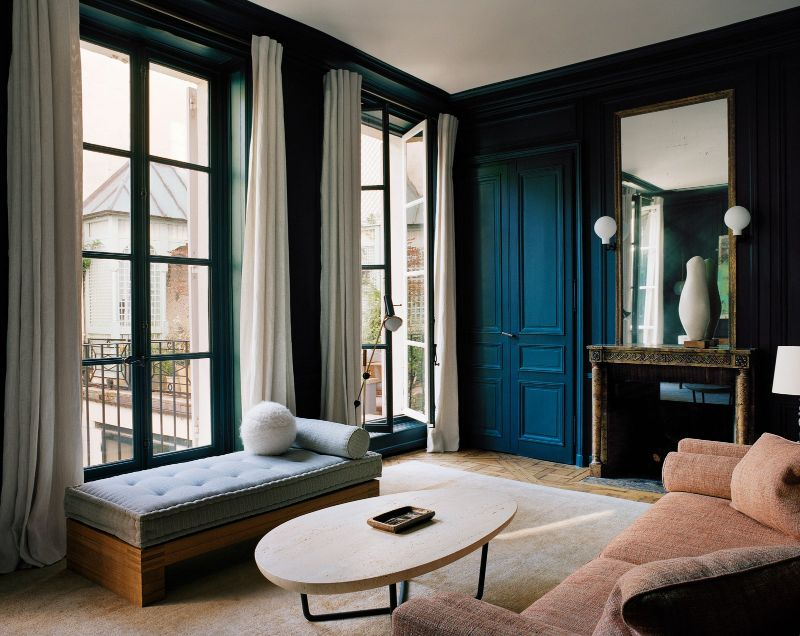 Inspiring Interior Design Projects To Discover In Paris (Part 2!) interior design project Inspiring Interior Design Projects To Discover In Paris (Part 2!) Parisian Apartment by Pierre Yovanovitch