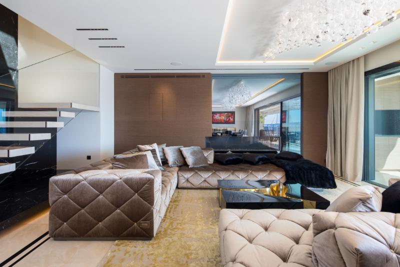 entrada de luxo Dubai Estilo de vida exclusivo: Os melhores designs de entrada de luxo opulento apartamento francês boca do lobo 4 2x 1