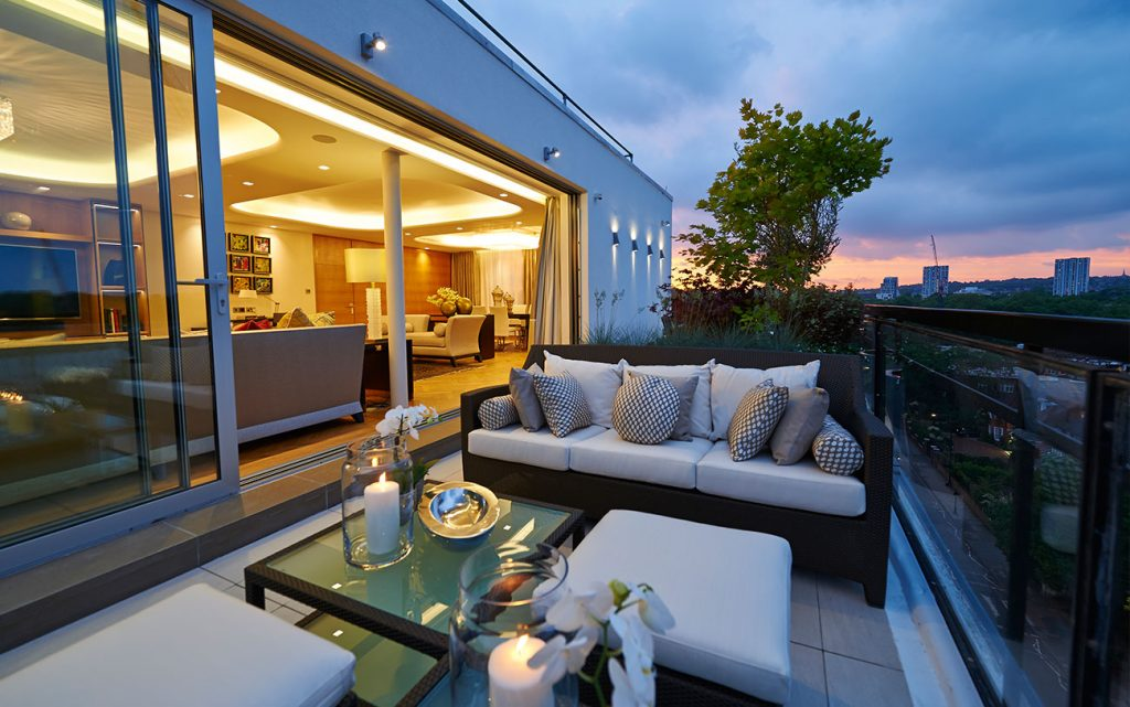 Areen Design - Choose the Perfect Style For You areen design Areen Design – Choose the Perfect Style For You Residential Private Residence London Terrace Evening View 1 1024x641