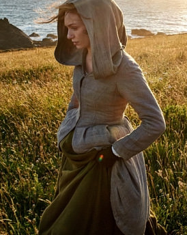 Eleanor Tomlinson as Demelza (Photo: BBC)  Why Poldark is the TV hit of the year leftacap23