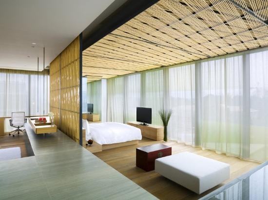 The Most Luxurious and Exquisite Hotel Bedrooms bedrooms The Most Luxurious and Exquisite Hotel Bedrooms THE OPPOSITE HOUSE BEIJING