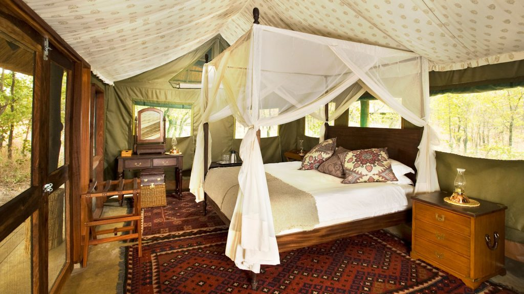The Most Luxurious and Exquisite Hotel Bedrooms bedrooms The Most Luxurious and Exquisite Hotel Bedrooms ZUNGULILA BUSHCAMP SOUTH LUANGWA NATIONAL PARK ZAMBIA