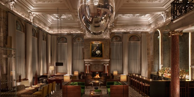 Luxury Details - London Edition Hotel's Pendulum by Ingo Maurer ingo maurer Luxury Details – London Edition Hotel's Pendulum by Ingo Maurer luxury details london edition hotels pendulum by ingo maurer 3