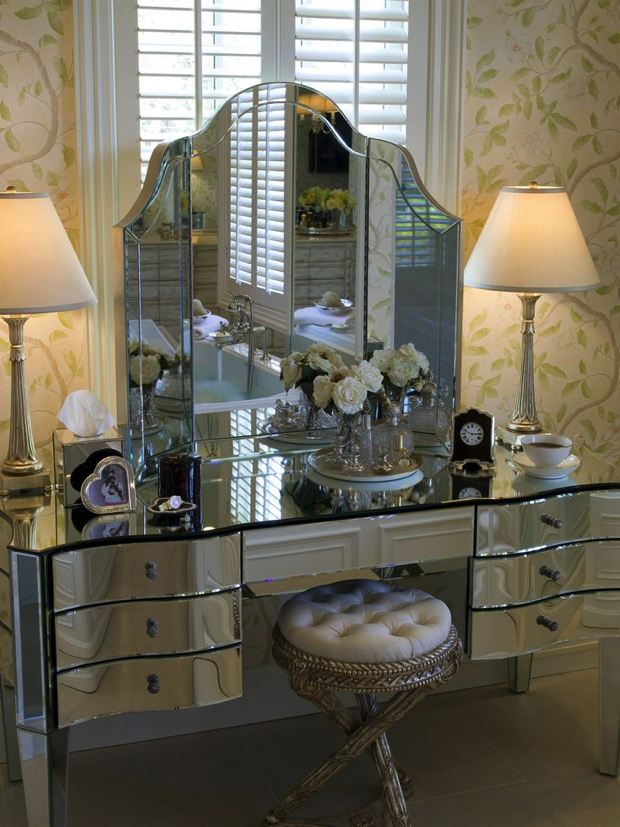 Mirrored drawers dressing table 20 Dressing Tables for the Contemporary Bedroom Dressing table mirror drawers