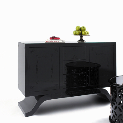 Glass sideboard mirrored furniture Mirrored Furniture Pieces for Luxury Decor Boca do Lobo Metropolitan lacquered glass