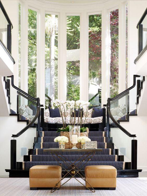 7 Gorgeous Grand Foyer Console Table Designs