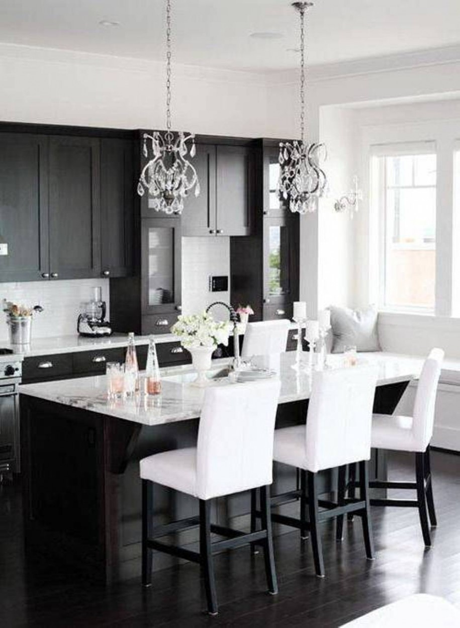 into black and white kitchen ideas use