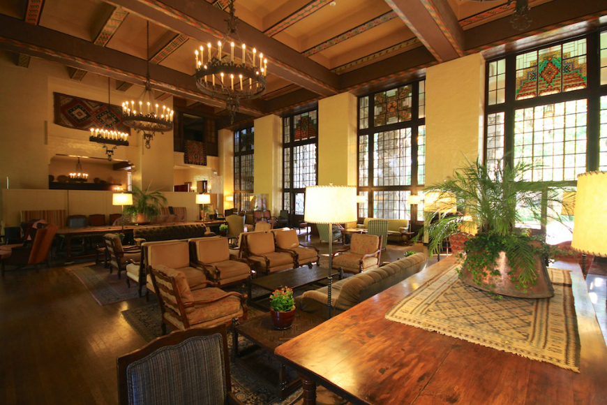 American Influence American Influence Décor Tricks with American Influence Ahwahnee 4
