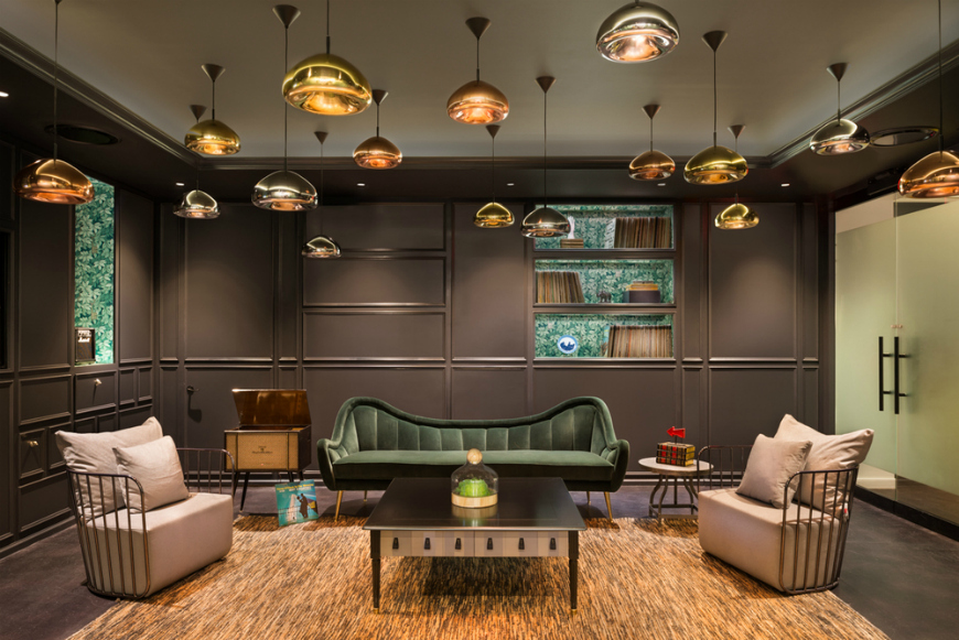 top-10-modern-sofas-that-will-transform-your-home-decor-next-season-7 copper 40 Stupendous Copper Coffee and Side Tables for Luxury Homes Top 10 Modern Sofas That Will Transform Your Home Decor Next Season 7