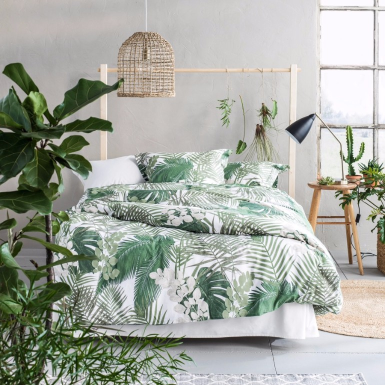 tropical bedroom decorating ideas summer trends 2017 bedroom inspiration with tropical design 22425