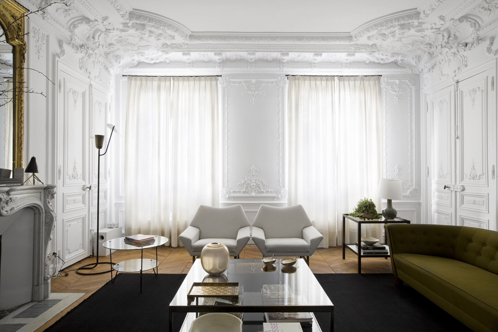 Effortless Chic Interiors With Modern French Style Interesting Apartment Decorating Style