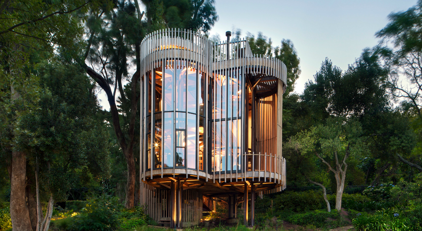 tree house Modern Tree House Design Project by Malan Vorster 0101