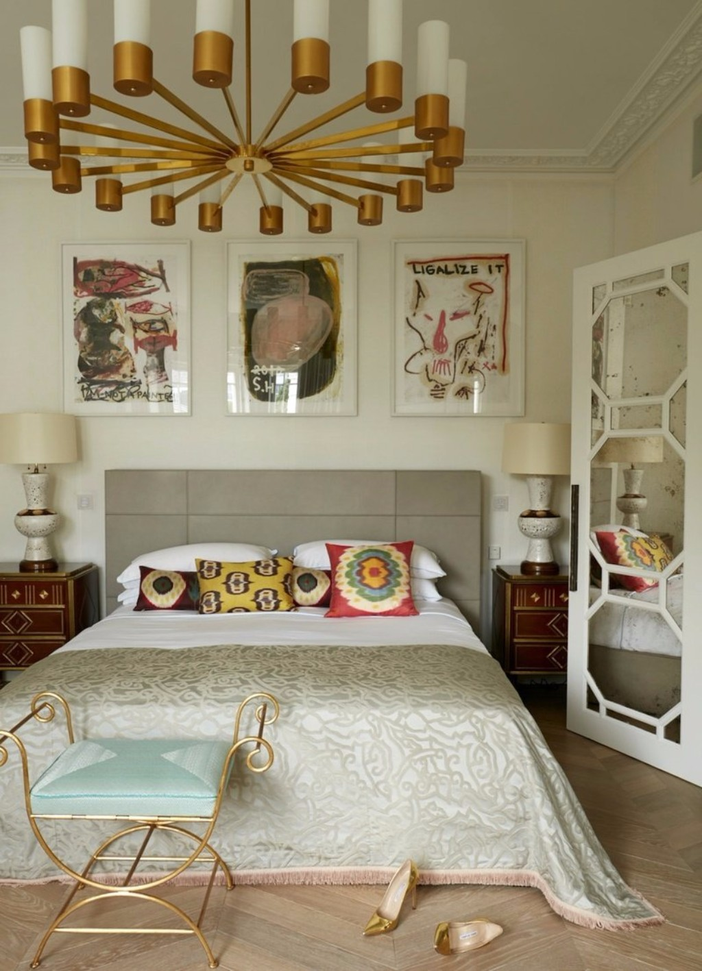 11 Sublime Eclectic Style Master Bedroom Designs
