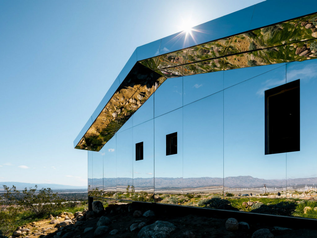 american house Doug Aitken's Mirrored American House Installation in the Californian Desert cover 9