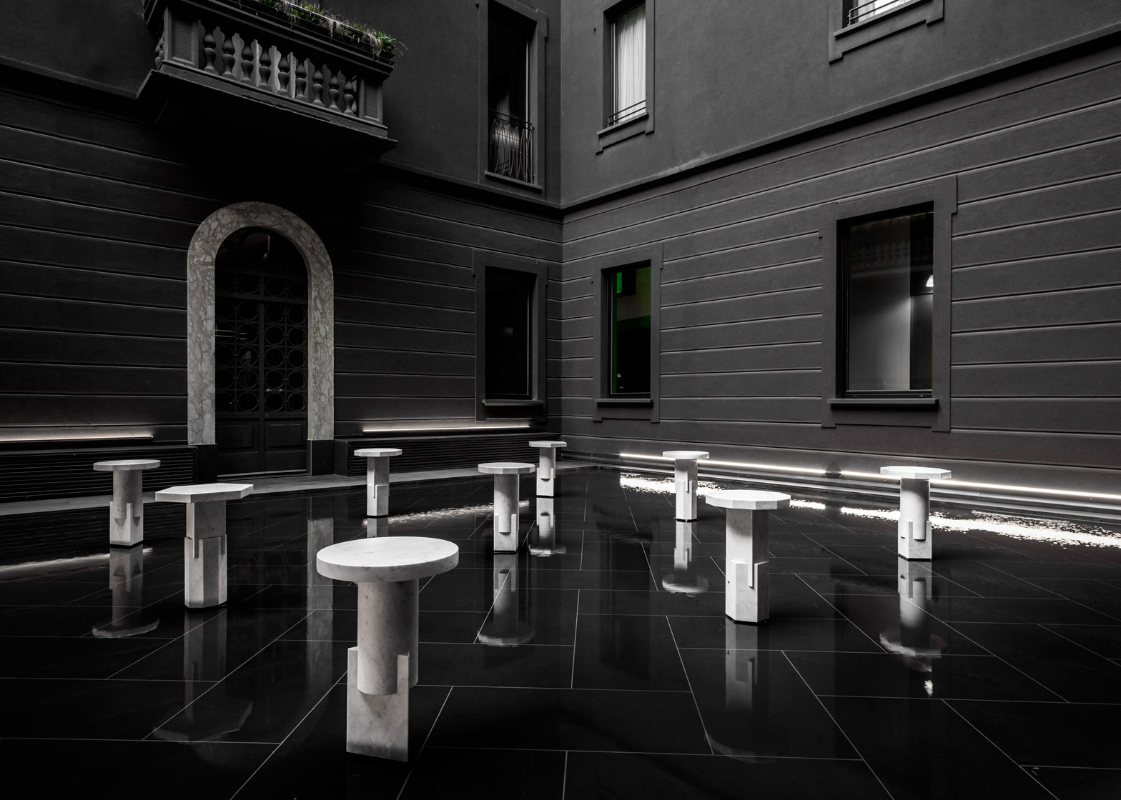 marble design Marble Design Trend: from Design to Art this Stone is Everywhere kapital collection by oeuffice carwan gallery senato hotel milan design week dezeen 1568 0